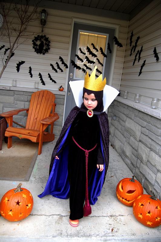 EvilQueen-SnowWhite-Costume-Halloween4