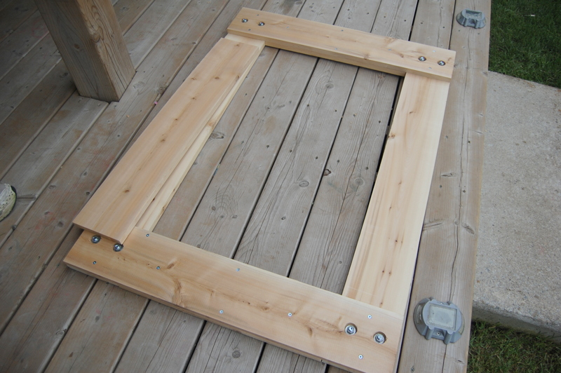 building a wood mirror frame