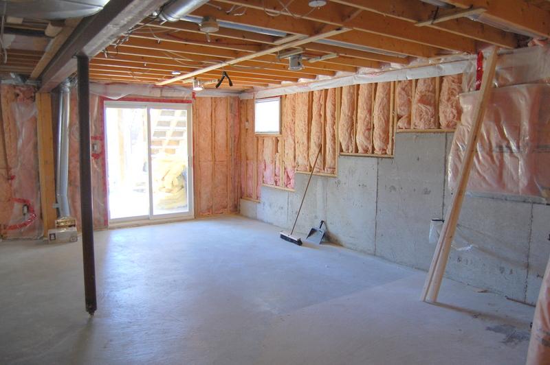 basement before (2)