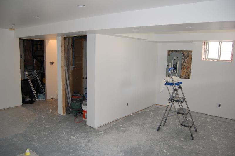 basement before (3)