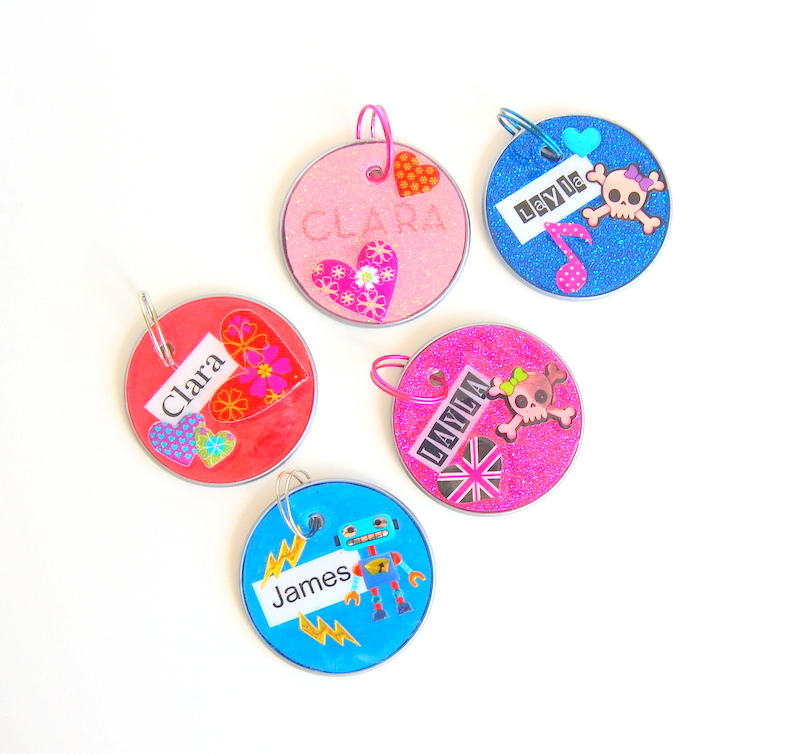 DIY name tags made from juice can lids - northstory.ca