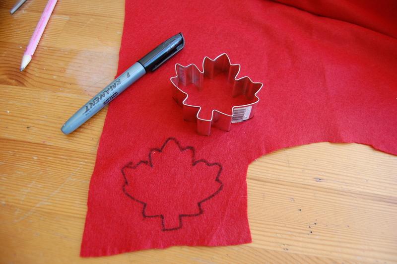 making a Fall wreath (3)