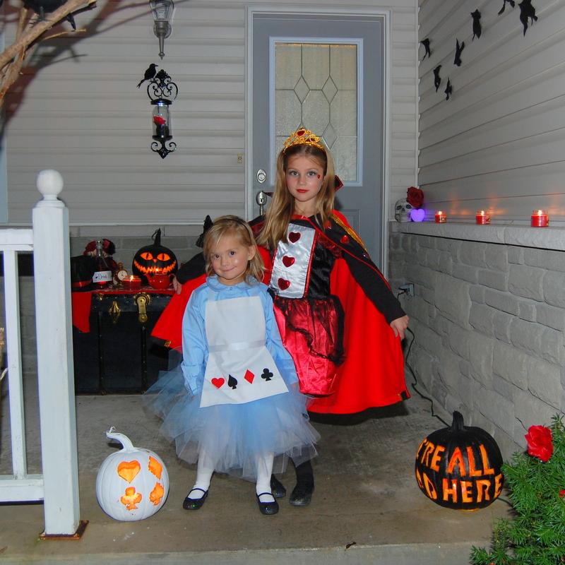 DIY Alice in Wonderland costume and Queen of Hearts cape