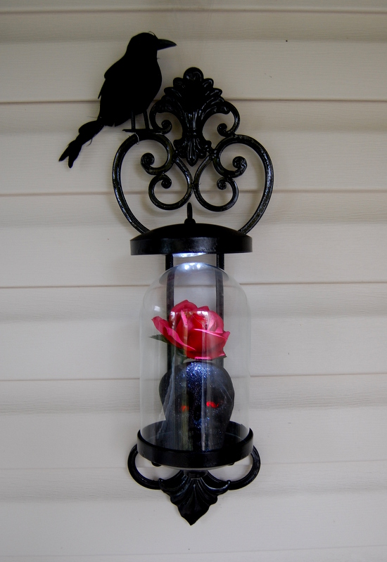 Halloween Decor Crow Skull Roses