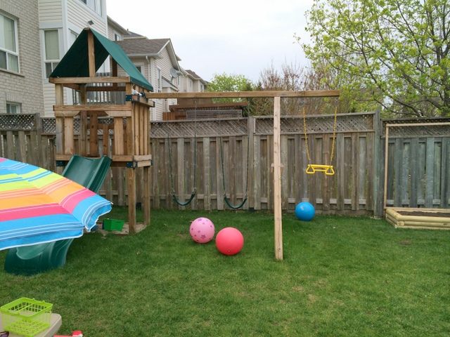 Hawks Nest swing set - northstory.ca