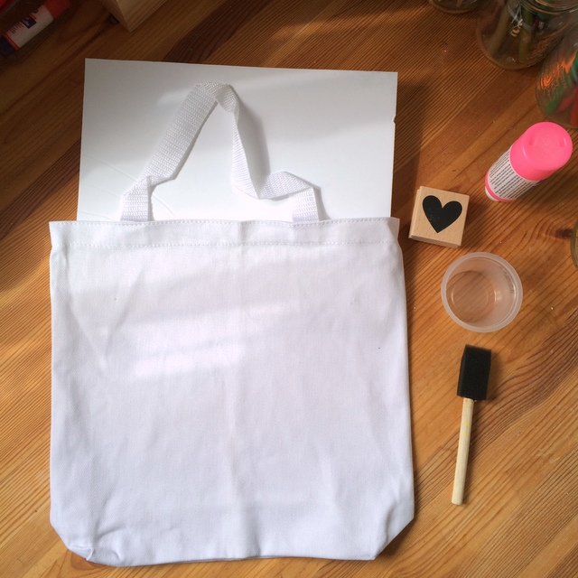 Step 1 of stamping your canvas tote - northstory.ca