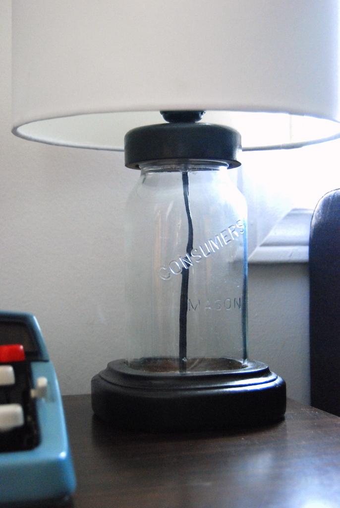 Mason Jar Lamp up close - northstory.ca