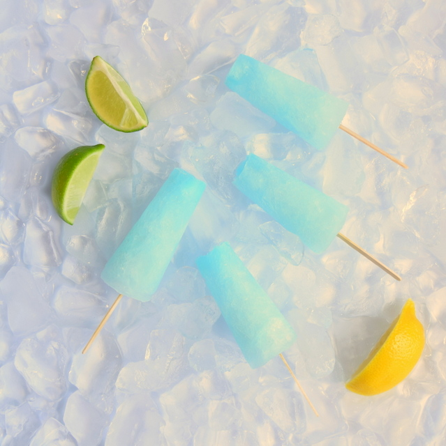 Aqua Blue Popsicles made from PC Spritz Up Lemon Lime Soda and Wilton Sky Blue Icing Food Colouring - northstory.ca