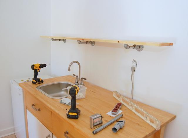 Building Pipe Shelves Step 2 - northstory.ca
