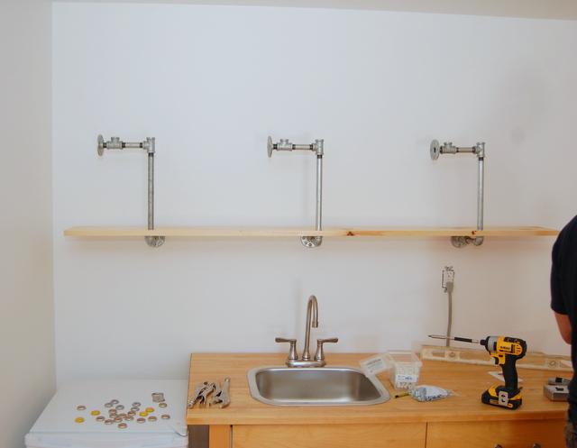 Building Pipe Shelves - step 3