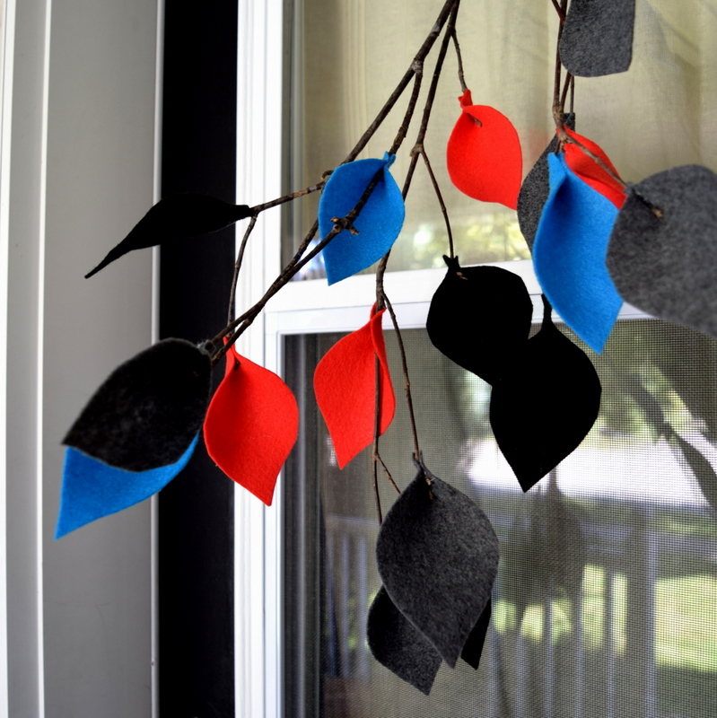 Alternative to a wreath for Fall front door decor - make a branch with felt leaves - northstory.ca