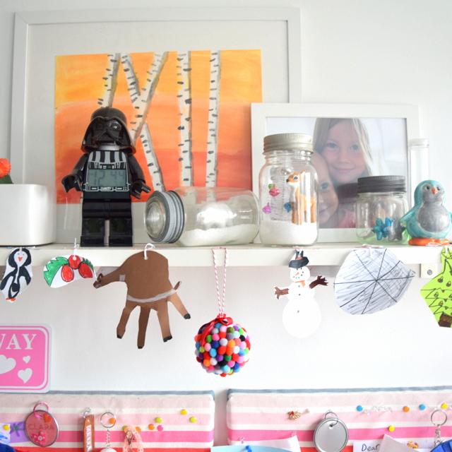 L & C's room Christmas 2014 (2)