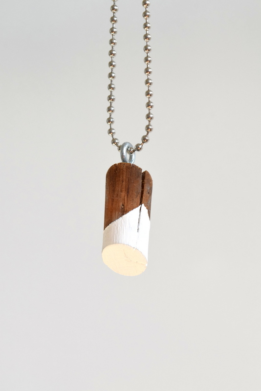 DIY wood knot necklace pendant - northstory