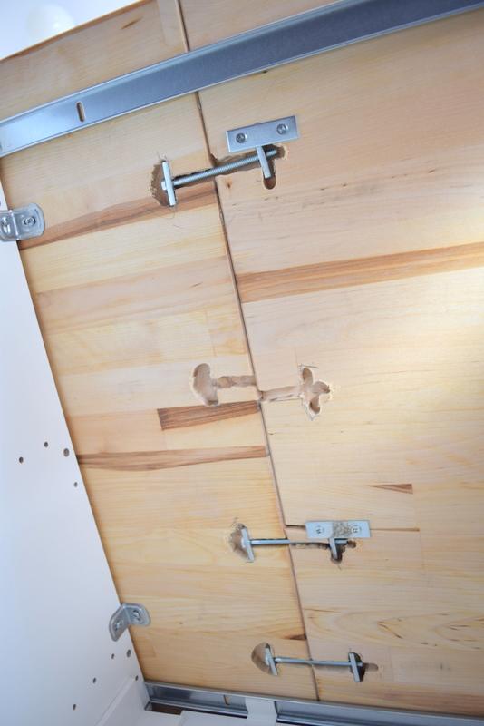 Installing the IKEA butcher block countertops (3)