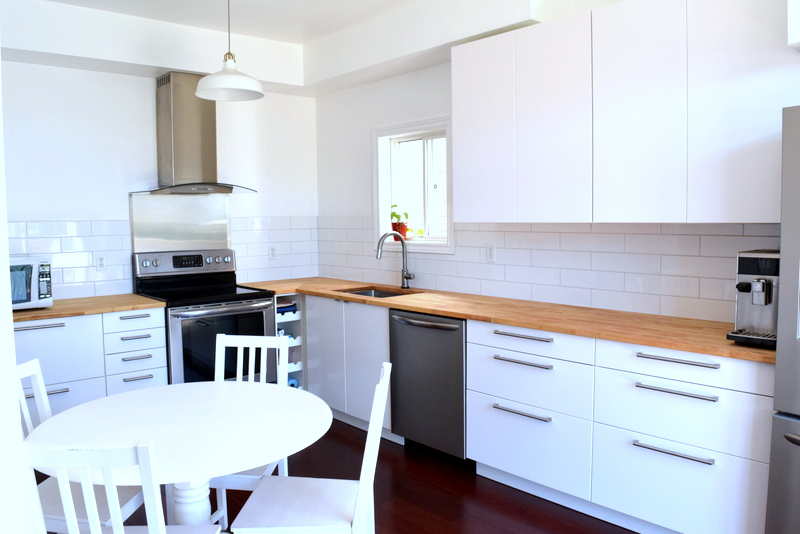 White Scandinavian kitchen - IKEA SEKTION - northstory