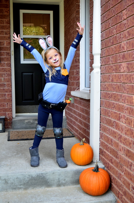 happy-judy-hopps-costume-by-northstoryca