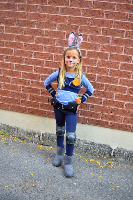officer-judy-hopps-costume-from-zootopia