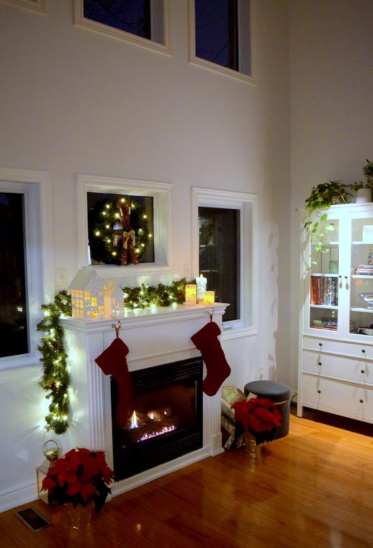 christmas-mantel-lights-1
