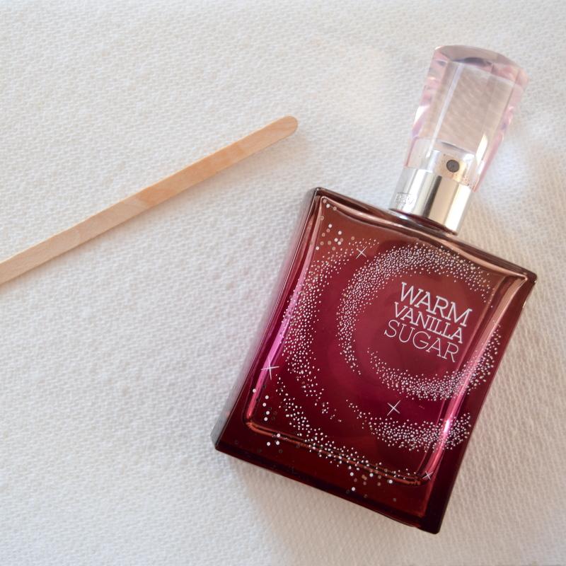 fragrance-on-wood