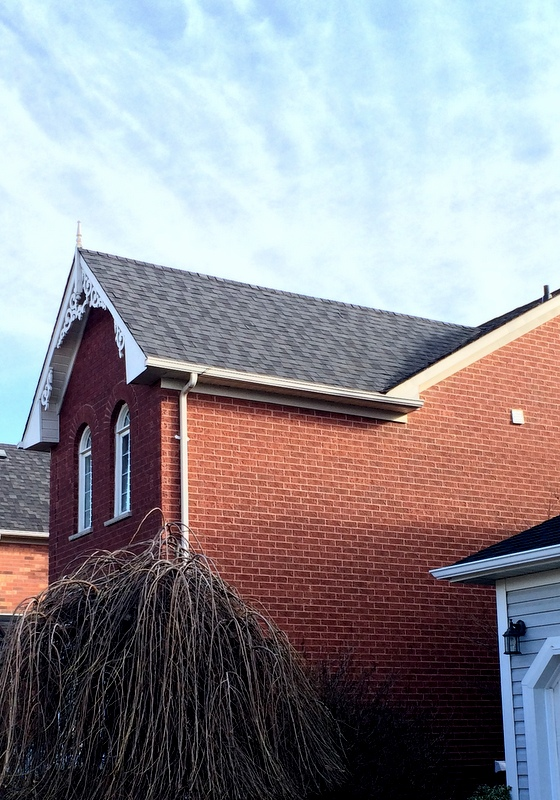 cd-roofing-mystique-42-bp-shingles-in-2-tone-black