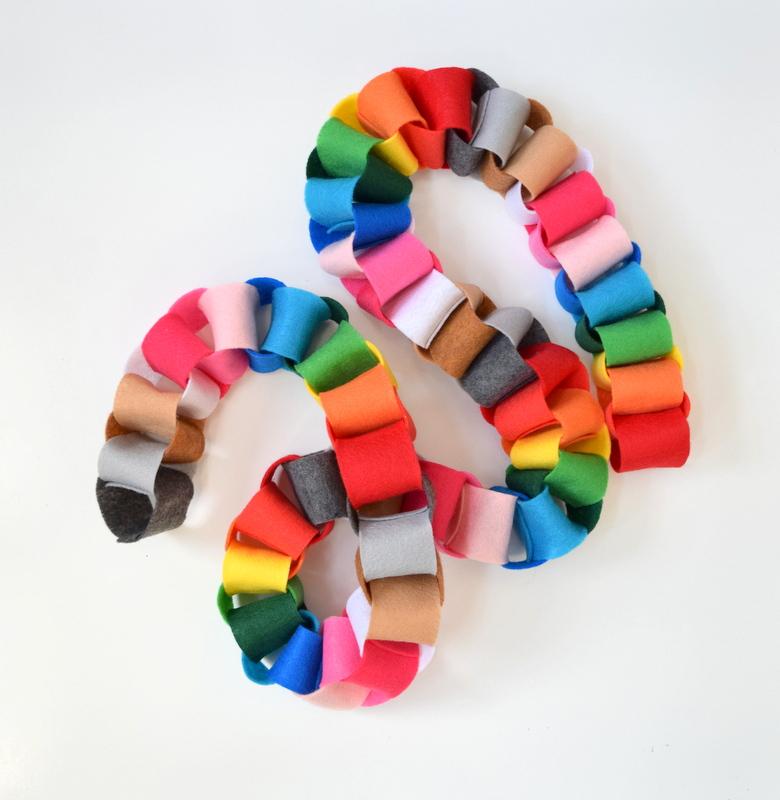 diy-felt-rainbow-garland
