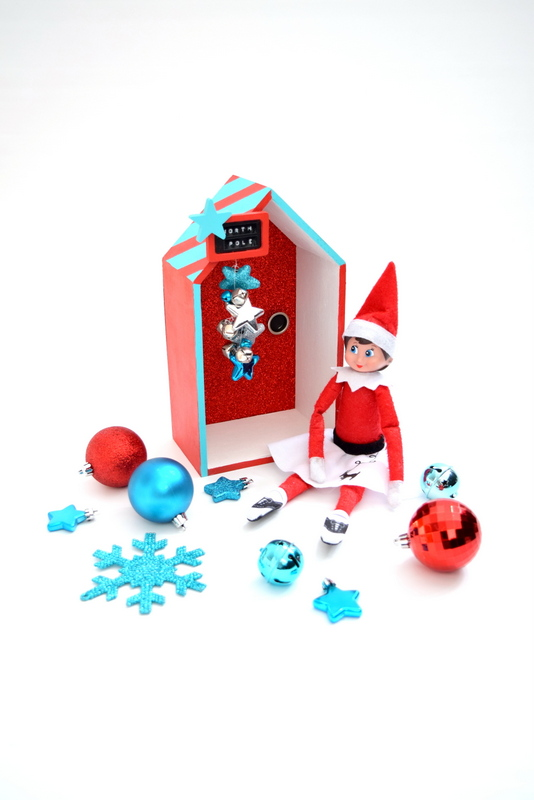 how-to-make-your-own-magical-elf-on-the-shelf-door