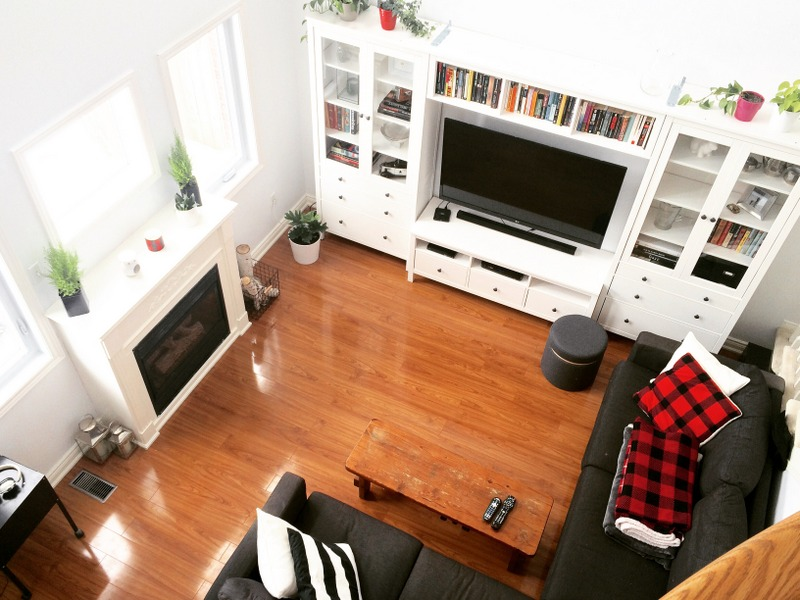 living-room-white-with-ikea-hemnes-wall-unit