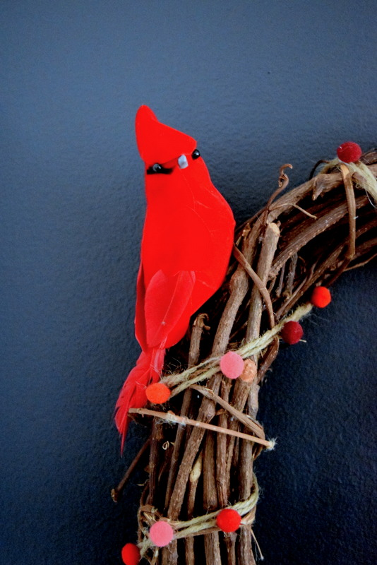 red-cardinal-decoration-on-a-wreath